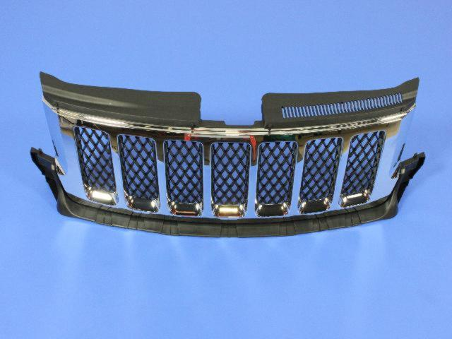 Jeep Grand Cherokee Grille  Radiator   Bright Grille